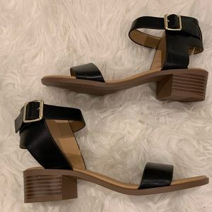 Sandals with a slight heel